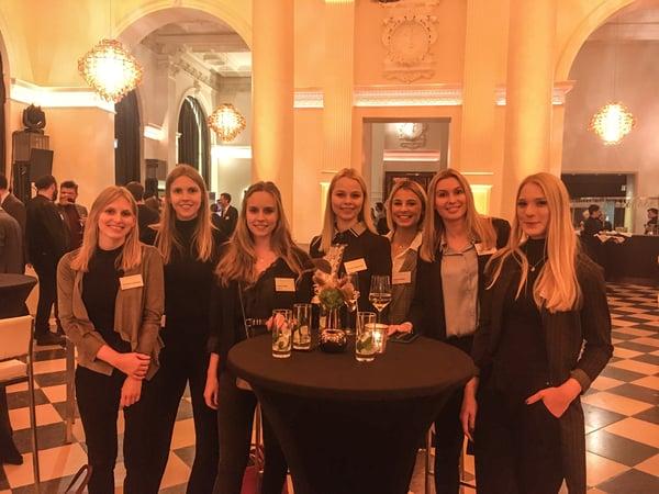 Mitarbeiter von 8select in Dinnerhall